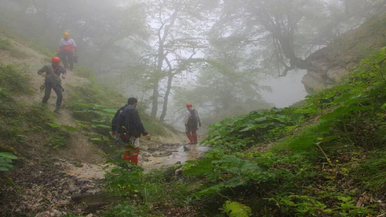 مانور تخصصی نجاتگران کوهستان در بندرگز